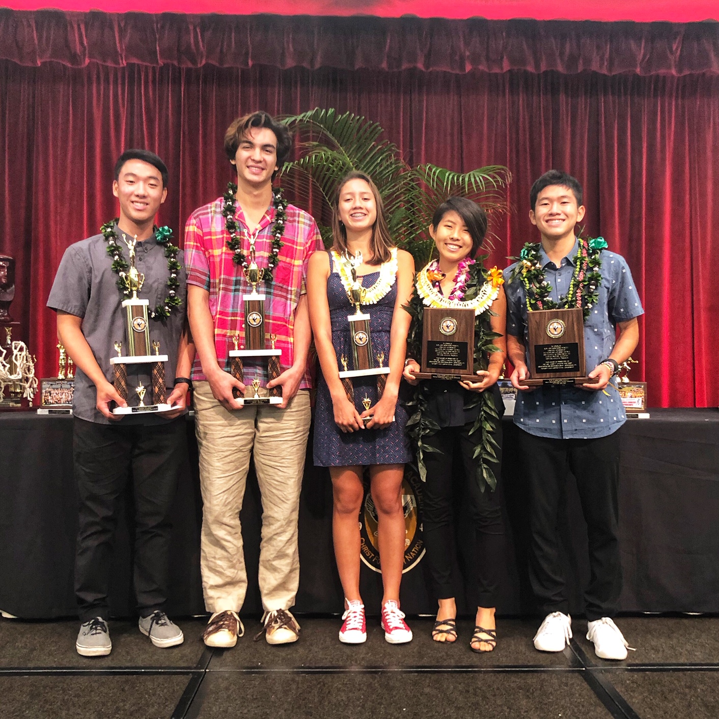 Student Feted at Annual Varsity Banquet
